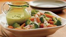 Broccoli and Carrots with Creamy Parmesan Sauce Recipe