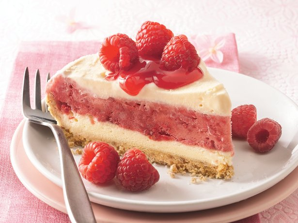 Berry Ice Cream Pie