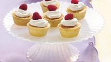Almond-Amaretto Tarts Recipe