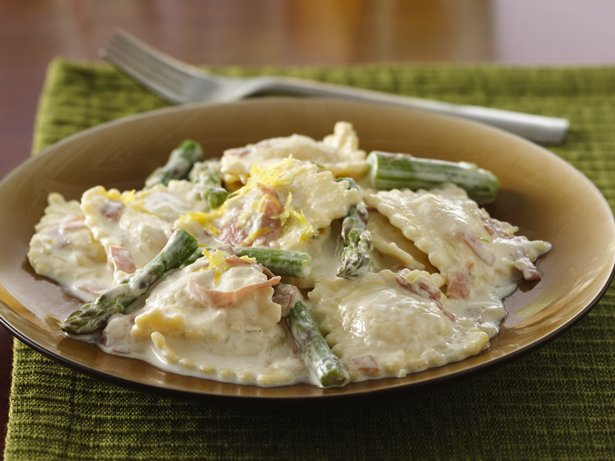 Lemony Asparagus-Prosciutto Ravioli