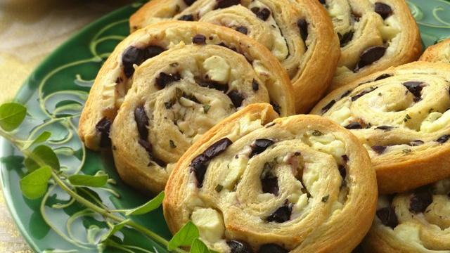 Olive-Feta Pinwheels