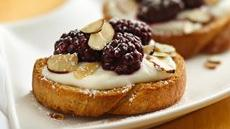 Blackberry-Almond Bruschetta Recipe