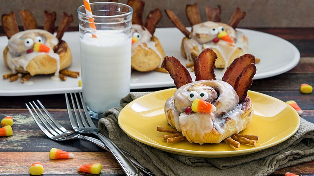Cinnamon Roll Turkeys