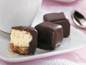 Chocolate-Covered&#32;Cheesecake&#32;Bites
