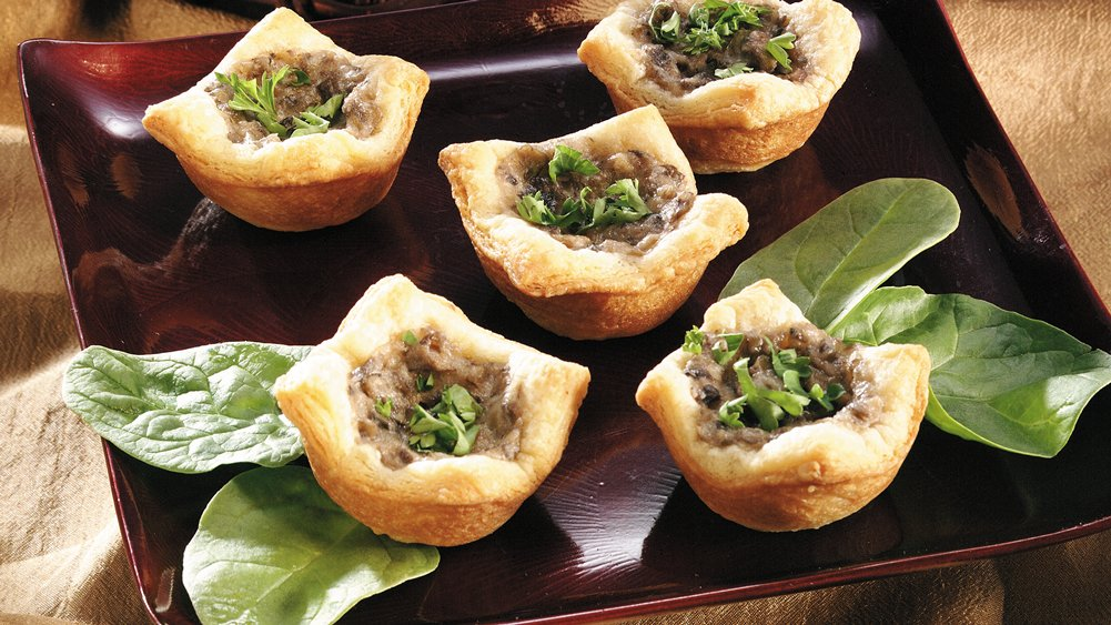 Mushroom-Garlic Cream Tartlets (Crowd Size)