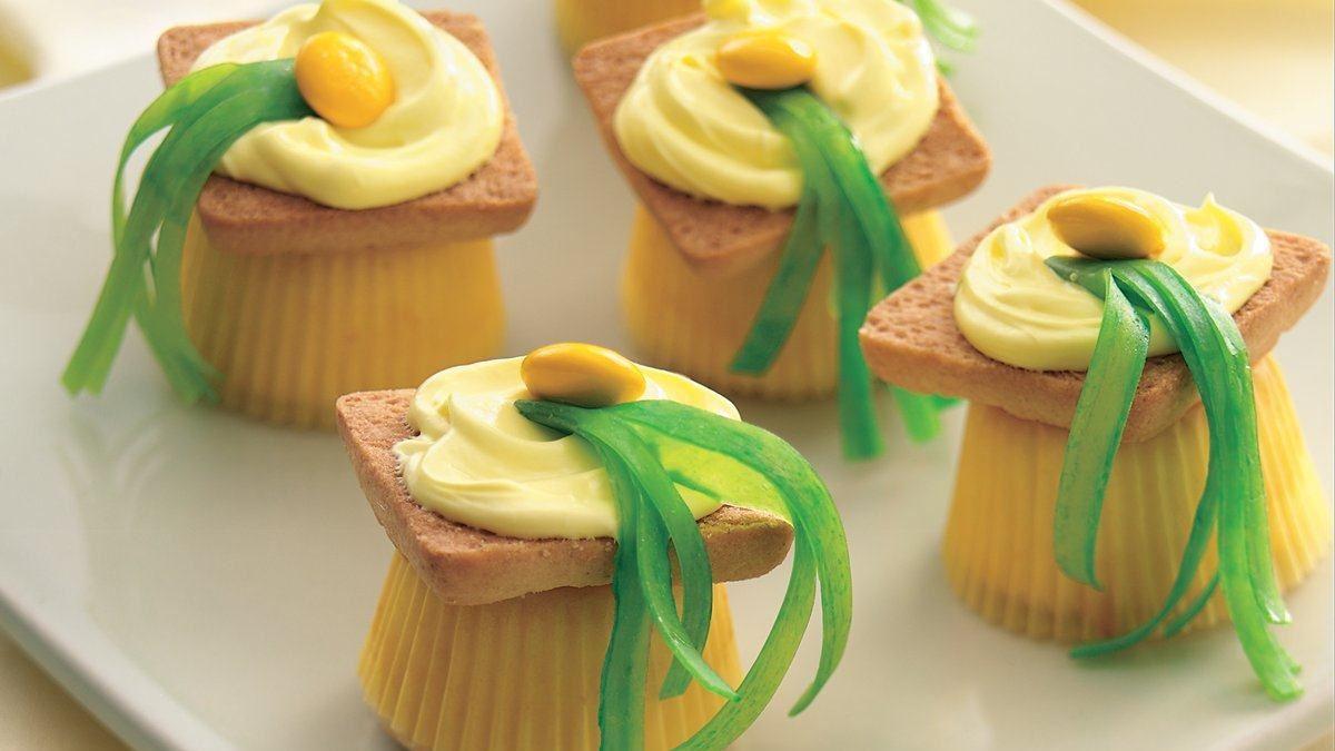 Mini Cupcake Mortarboards