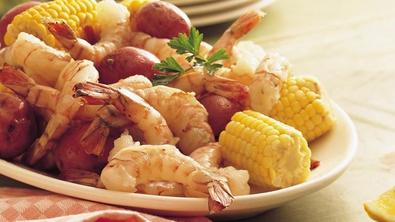 Shrimp, Sweet Corn and New Potato Boil