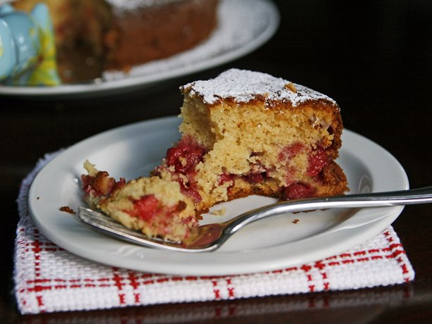 Honey-Raspberry Tea Cake