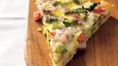Ham &#39;n Eggs Crescent Brunch Pizza Recipe
