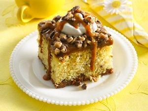 Ooey Gooey Caramel Cake