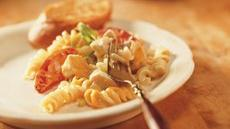 Cheesy Chicken and Rotini Casserole Recipe