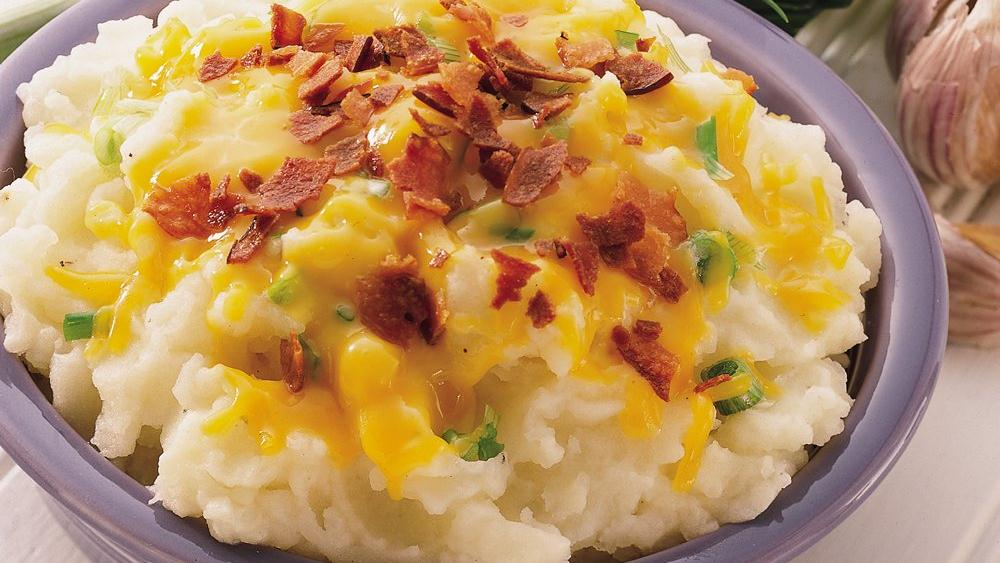 Cheddar, Bacon and Onion Mashed Potatoes recipe from ...