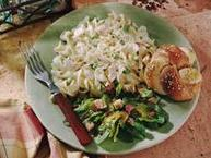 Creamy Chicken-Pasta Caesar Salad