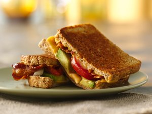 Bacon,&#32;Tomato&#32;and&#32;Avocado&#32;Grilled&#32;Cheese