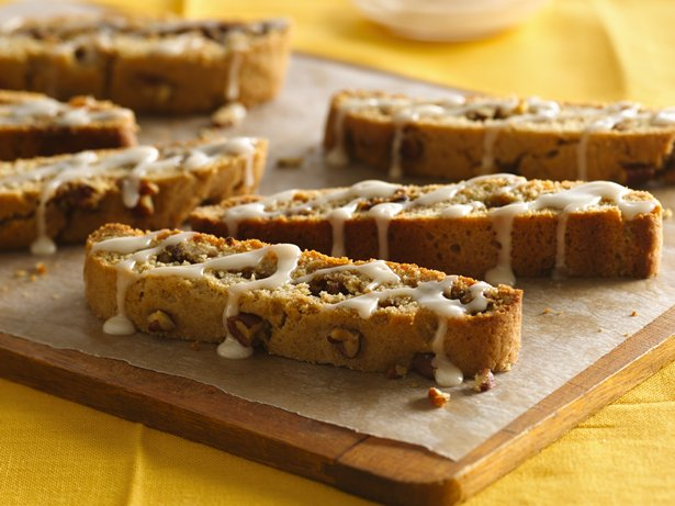 Iced Cinnamon-Pecan Biscotti