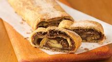 Choco-Peanut Butter-Banana Breakfast Strudel Recipe