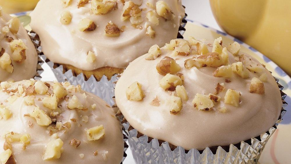 cheese frosting banana pecan spice cupcakes and cream cheese frosting ...