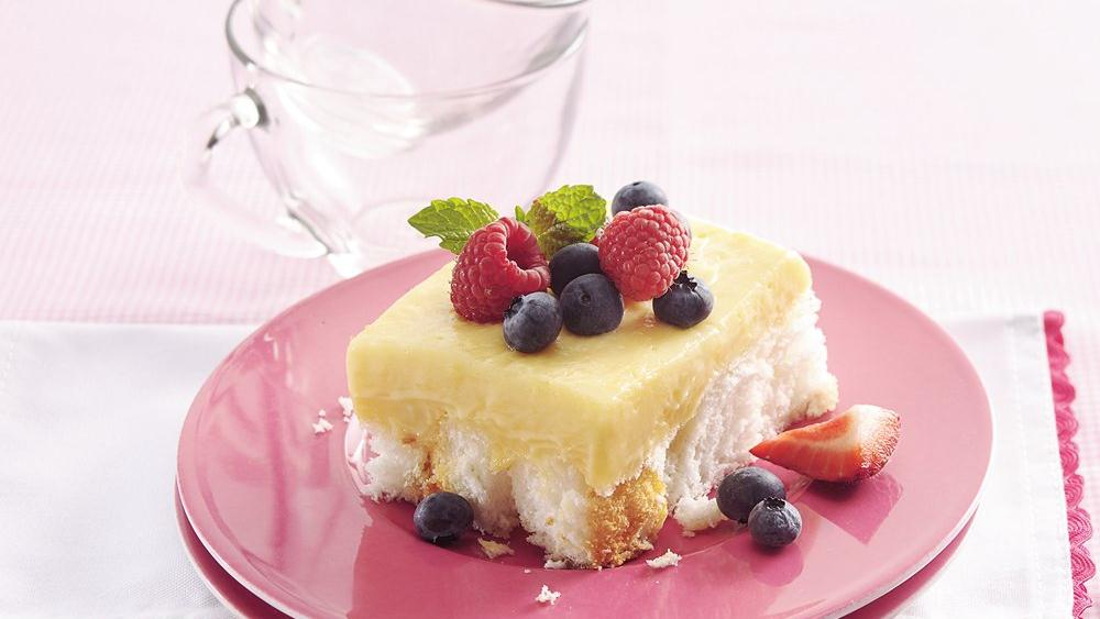 Cubed Angel Food Cake Fruit-topped Angel Food Cake