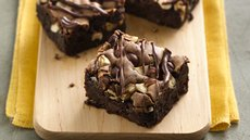 Fudgy Chocolate Hazelnut Bars Recipe
