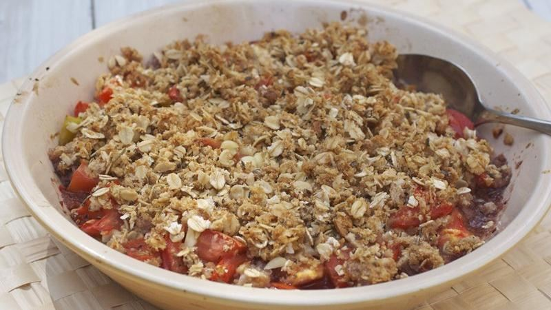 Tomato Corn Crumble