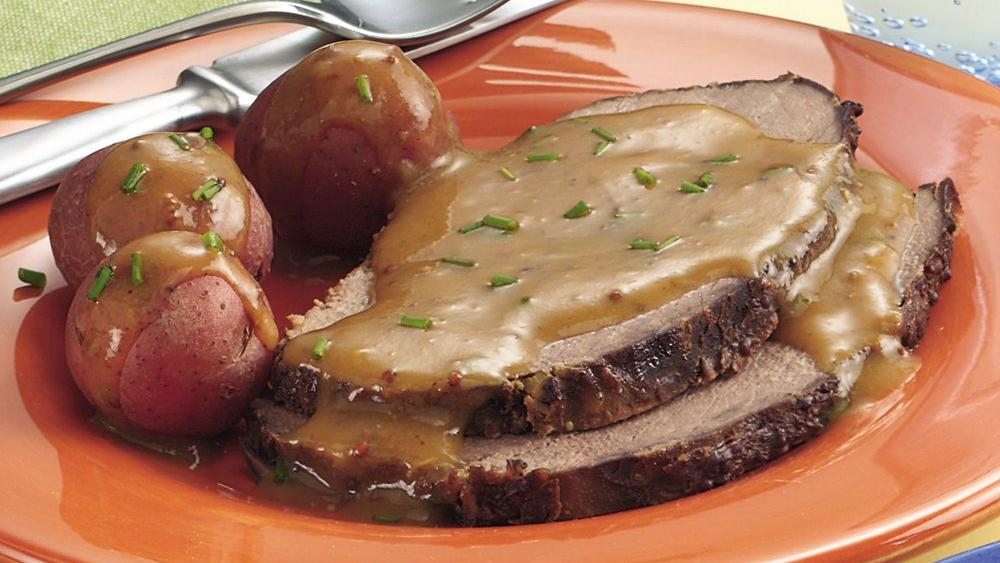 Slow-Cooker Bavarian Beef Roast