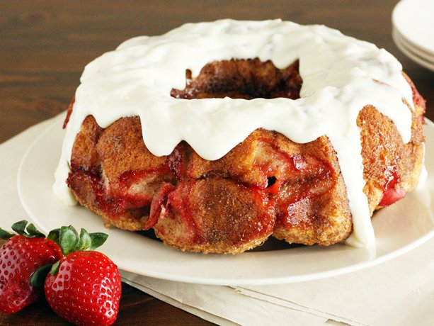 Strawberry Cream Cheese Monkey Bread