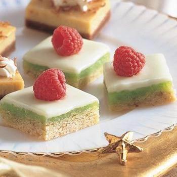 White Chocolate Cheesecake Bars recipe from Betty Crocker