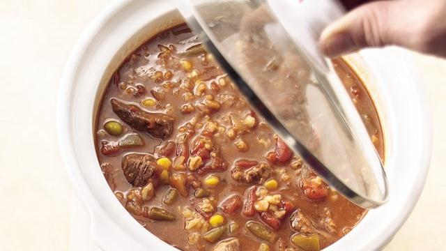Slow Cooker Vegetable-Beef-Barley Soup