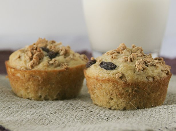 Crunchy Granola Muffins