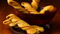Spicy Curry Crescent Twists Recipe