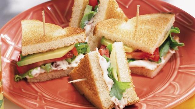 Image of Avocado, Lettuce And Tomato Sandwiches, Pillsbury