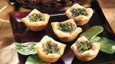 Mushroom-Garlic Cream Tartlets