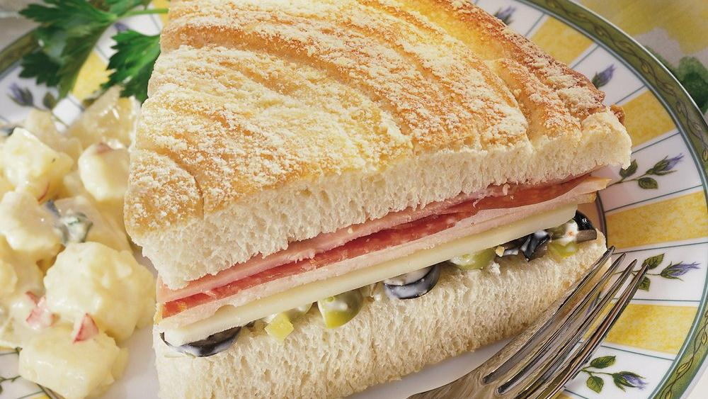 Family-Sized Muffuletta
