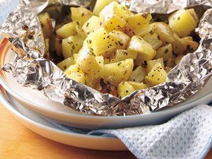 Grilled Cheesy Garlic Potato Packs
