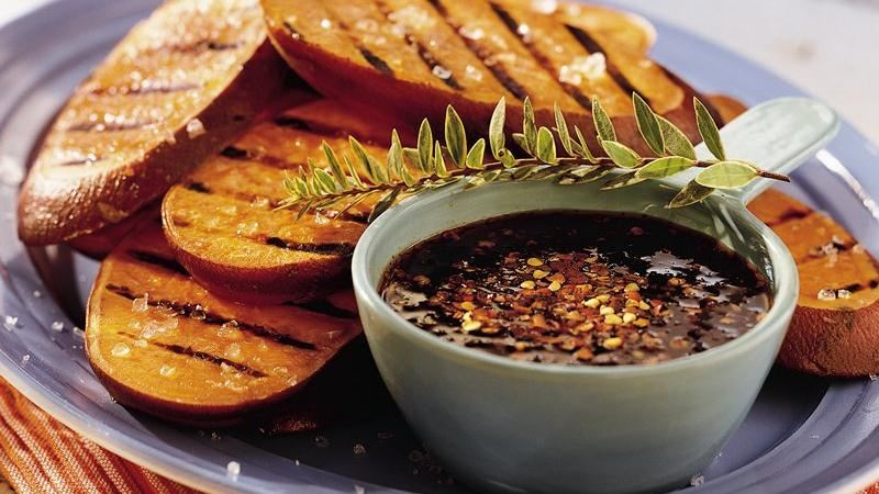Grilled Sweet Potatoes with Chipotle-Honey Sauce
