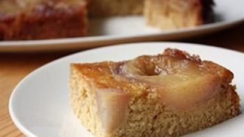 Slow Cooker Pear-Vanilla Cake