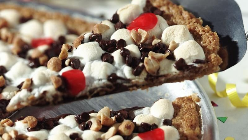 Gluten-Free Chex® Cookie Pizza