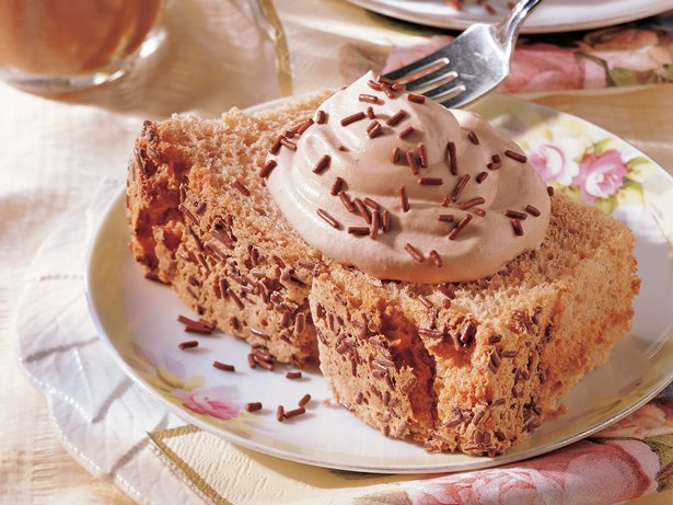 Low-Fat Mocha Angel Cake 