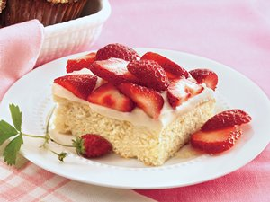 Strawberry&#32;Shortcake&#32;Coffee&#32;Cake