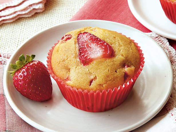 Gluten Free Strawberry Muffins