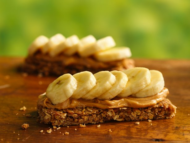 PB and Banana Campfire Canapé
