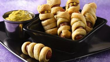 Halloweenies with Mustard Dip