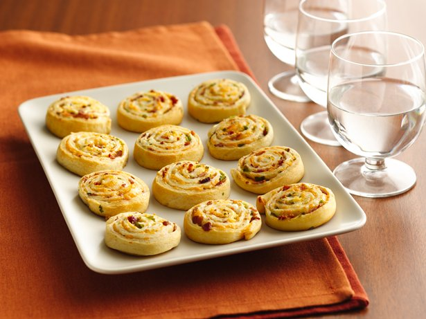 Bacon-Cheddar Pinwheels