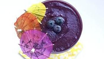 Skinny Blueberry Daiquiri