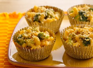 Mac&#32;and&#32;Broccoli&#32;Cheese&#32;Cups