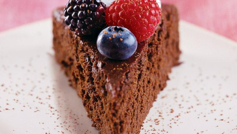 Dark Bittersweet Chocolate Cake Recipe