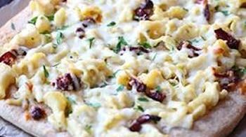 Mac 'n Cheese Pizza