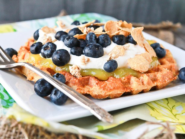 ... dessert with these sugared Belgian waffles. They're easy yet elegant