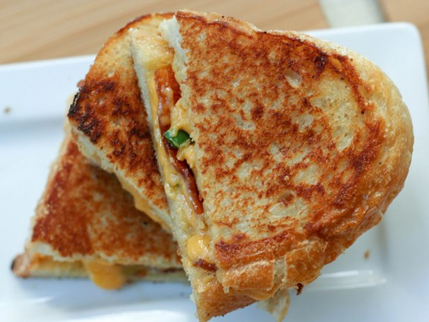 Grilled Cheese, Bacon and Jalapeo Sandwiches