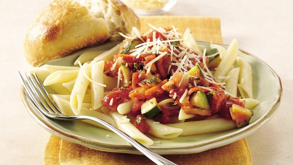 Penne with Vegetables in Tomato-Basil